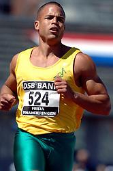 08-07-2006 ATLETIEK: NK BAAN: AMSTERDAM<br /> Het beste sprintgeweld kwam van Caimin Douglas die een grote fanclub mee had genomen. Hij won in 10,44. <br /> ©2006-WWW.FOTOHOOGENDOORN.NL