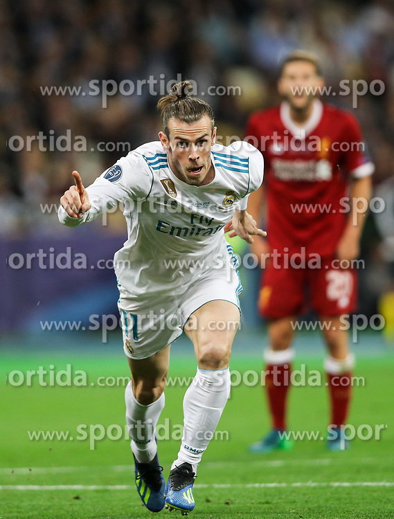 Gareth Bale of Real Madrid celebrates after he scored second goal for Real Madrid during the UEFA Champions League final football match between Liverpool and Real Madrid at the Olympic Stadium in Kiev, Ukraine on May 26, 2018. Photo by Andriy Yurchak / Sportida