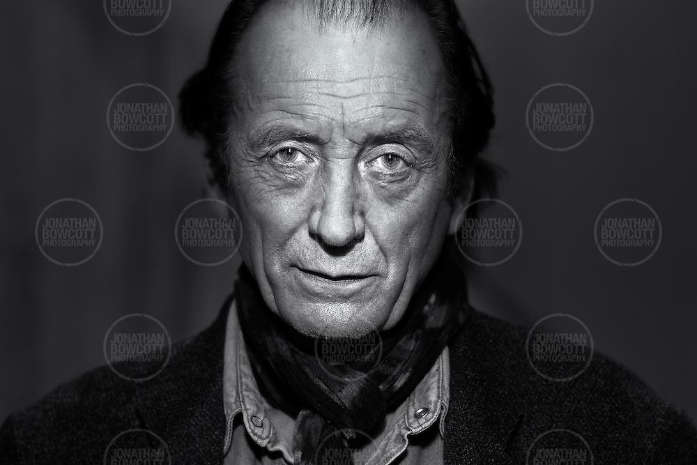 Headshot of actor/writer/director Jared Morgan by Bristol Photographer Jonathan Bowcott