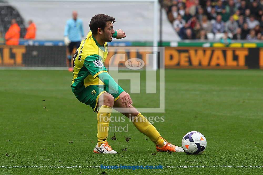 Wes Hoolahan of Norwich in action during the Barclays Premier League match at the Liberty Stadium, Swansea<br /> Picture by Paul Chesterton/Focus Images Ltd +44 7904 640267<br /> 29/03/2014