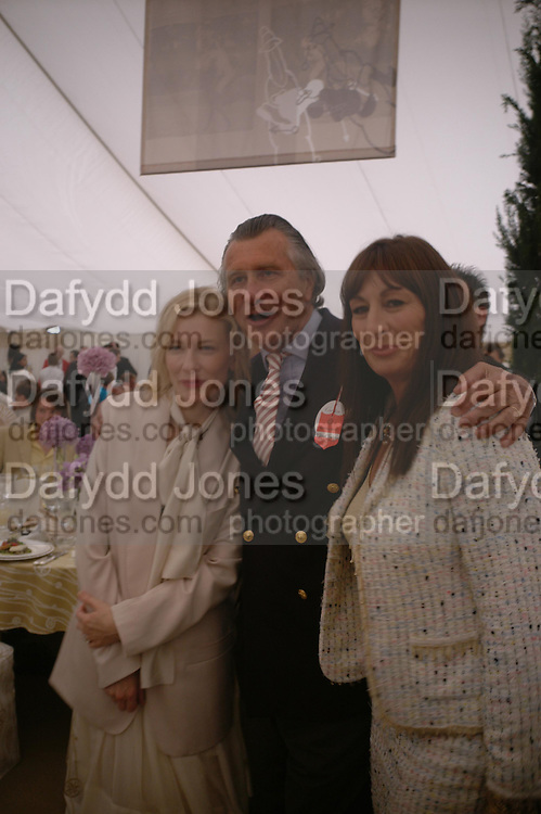 Cate Blanchett, Arnaud Bamberger and Angelica Huston. Cartier International Day at Guards Polo Club, Windsor Great Park. July 24, 2005. ONE TIME USE ONLY - DO NOT ARCHIVE  © Copyright Photograph by Dafydd Jones 66 Stockwell Park Rd. London SW9 0DA Tel 020 7733 0108 www.dafjones.com