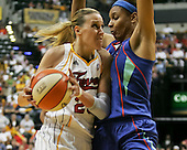 Indiana Fever vs New York Liberty - Playoff Game 2