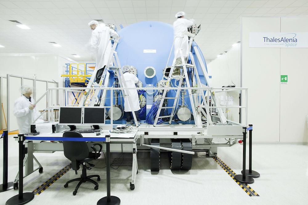 Camera di simulazione del vuoto nello spazio