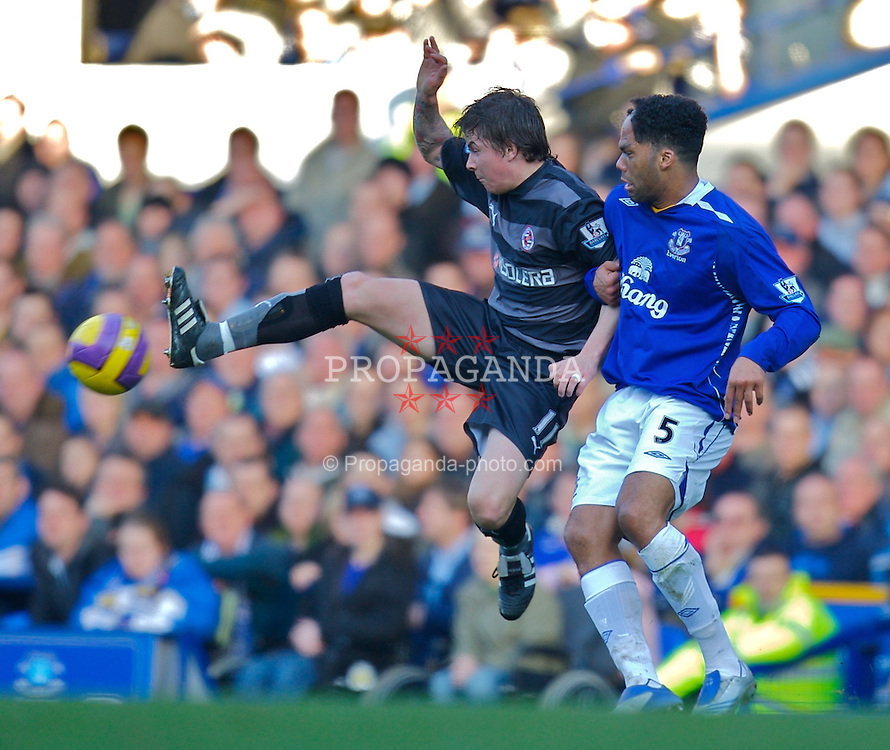 LIVERPOOL, ENGLAND - Saturday, February 9, 2008: Everton's Joleon Lescott and Reading's John Oster during the Premiership match at Goodison Park. (Photo by David Rawcliffe/Propaganda)