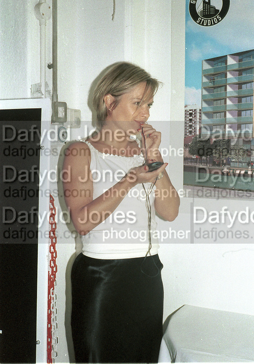 Mariella Frostrop. Almedia Richard 11 Gala performance. Gainsborough studios. Shoreditch, London. 5 May 2000. © Copyright Photograph by Dafydd Jones 66 Stockwell Park Rd. London SW9 0DA Tel 020 7733 0108 www.dafjones.com