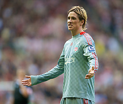 SUNDERLAND, ENGLAND - Saturday, August 16, 2008: Liverpool's Fernando Torres in action against Sunderland during the opening Premiership match of the season at the Stadium of Light. (Photo by David Rawcliffe/Propaganda)
