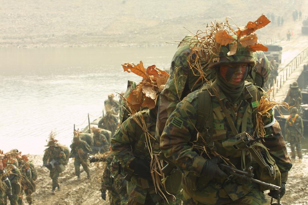 USA /Korean (ROK) forces train near DMZ in annual exercises