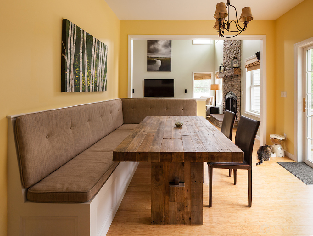 Breakfast Nook with Bench, Brentwood, NH<br /> Client: Home Innovations Corporation