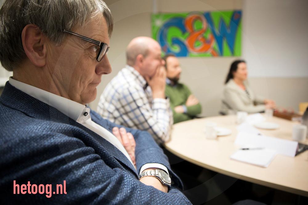 4-12-2015 Zwolle, Arcon organiseert een gesprek tussen zorgproffeionals. foto Herman Engbers