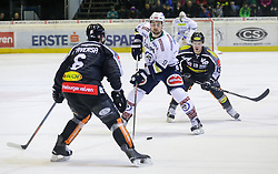 05.01.2016, Messestadion, Dornbirn, AUT, EBEL, Dornbirner Eishockey Club vs EC VSV, 40. Runde, im Bild v.l. Jonathan D'Aversa, (Dornbirner Eishockey Club, #06), Eric Hunter, (EC VSV, #51) und Dustin Sylvester, (Dornbirner Eishockey Club, #19)// during the Erste Bank Icehockey League 40th round match between Dornbirner Eishockey Club and EC VSV at the Messestadion in Dornbirn, Austria on 2016/01/05, EXPA Pictures © 2016, PhotoCredit: EXPA/ Peter Rinderer