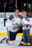 KELOWNA, CANADA - JANUARY 22: Jesse Lees #2 of the Kelowna Rockets accepts the second star of the game award against the Everett Silvertips on January 22, 2014 at Prospera Place in Kelowna, British Columbia, Canada.   (Photo by Marissa Baecker/Getty Images)  *** Local Caption *** Jesse Lees;