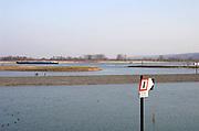 Nederland, Nijmegen, 21-2-2018De drempel van de Nevengeul in de Waal, een van de grotere waterwerken om de waterstanden in de nederlandse rivieren bij hoogwater omlaag te krijgen .Foto: Flip Franssen