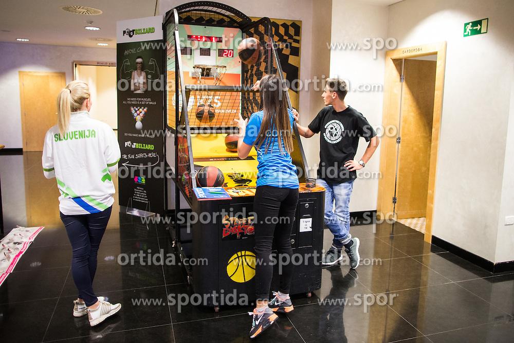 Visitors having fun during Sports marketing and sponsorship conference Sporto 2015, on November 19, 2015 in Hotel Slovenija, Congress centre, Portoroz / Portorose, Slovenia. Photo by Vid Ponikvar / Sportida