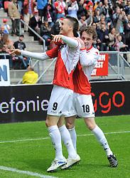 16-05-2010 VOETBAL: FC UTRECHT - RODA JC: UTRECHT<br /> FC Utrecht verslaat Roda in de finale van de Play-offs met 4-1 en gaat Europa in / Ricky van Wolfswinkel en Barry Maguire<br /> ©2010-WWW.FOTOHOOGENDOORN.NL