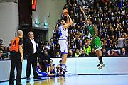 DESCRIZIONE : Sassari Lega A 2012-13 Dinamo Sassari Montepaschi Siena<br /> GIOCATORE : Manuel Vanuzzo<br /> CATEGORIA : Tiro<br /> SQUADRA : Dinamo Sassari<br /> EVENTO : Campionato Lega A 2012-2013 <br /> GARA : Dinamo Sassari Montepaschi Siena<br /> DATA : 14/01/2013<br /> SPORT : Pallacanestro <br /> AUTORE : Agenzia Ciamillo-Castoria/M.Turrini<br /> Galleria : Lega Basket A 2012-2013  <br /> Fotonotizia : Sassari Lega A 2012-13 Dinamo Sassari Montepaschi Siena<br /> Predefinita :