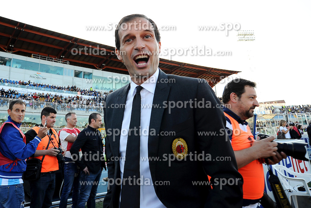 08.05.2013, Stadio Adriatico, Pescara, ITA, Serie A, Pescara Calcio vs AC Mailand, 36. Runde, im Bild Massimiliano Allegri allenatore del Milan // during the Italian Serie A 36th round match between Delfino Pescara 1936 and AC Milan at the Stadio Adriatico, Pescara, Italy on 2013/05/08. EXPA Pictures © 2013, PhotoCredit: EXPA/ Insidefoto/ Andrea Staccioli..***** ATTENTION - for AUT, SLO, CRO, SRB, BIH and SWE only *****