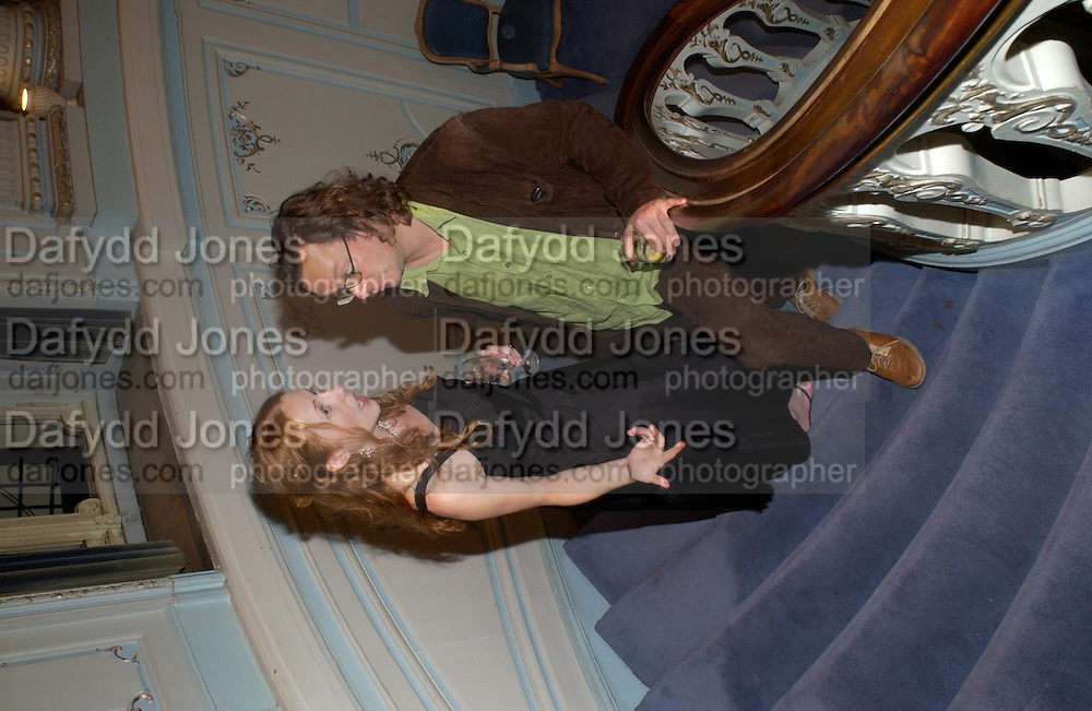 Samantha Evans and Hugh Fearnley-Whittingstall, Flora Fraser launch party for her book ' Princesses the Daughters of George 111' the Savile club, Brook St. 14 September 2004. SUPPLIED FOR ONE-TIME USE ONLY-DO NOT ARCHIVE. © Copyright Photograph by Dafydd Jones 66 Stockwell Park Rd. London SW9 0DA Tel 020 7733 0108 www.dafjones.com