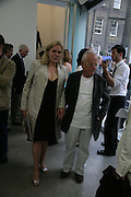 SOPHIE DE STEMPEL AND IAN HOLM, Beyond Belief-Damien Hirst. White Cube Hoxton and Mason's Yard.Party  afterwards at the Dorchester. Park Lane. 2 June 2007.  -DO NOT ARCHIVE-© Copyright Photograph by Dafydd Jones. 248 Clapham Rd. London SW9 0PZ. Tel 0207 820 0771. www.dafjones.com.