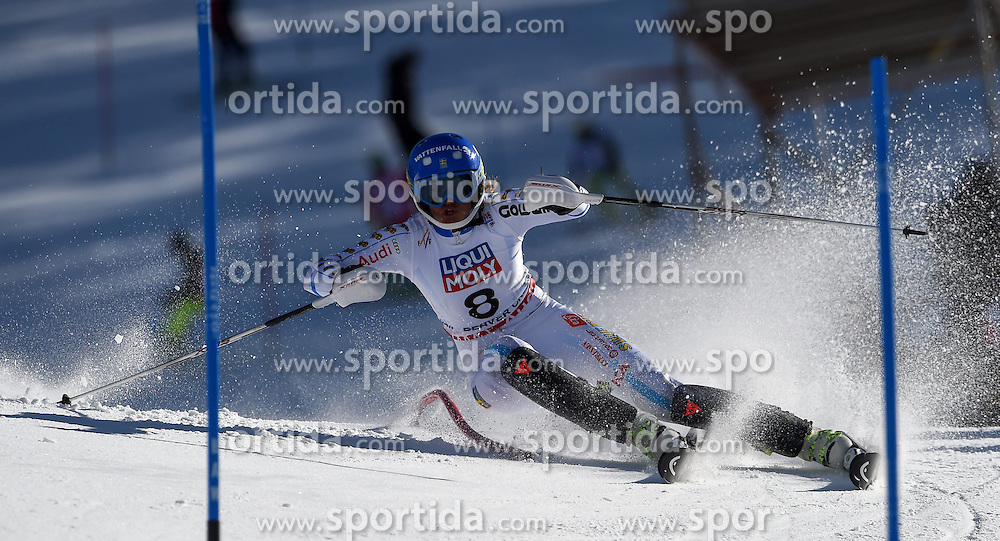 14.02.2015, Birds of Prey, Beaver Creek, USA, FIS Weltmeisterschaften Ski Alpin, Vail Beaver Creek 2015, Damen, Slalom, 2. Durchgang, im Bild Anna Swenn-Larsson (SWE) // Anna Swenn-Larsson of Sweden in action during 2nd run of the ladie's Slalom of FIS Ski World Championships 2015 at the Birds of Prey in Beaver Creek, United States on 2015/02/14. EXPA Pictures © 2015, PhotoCredit: EXPA/ Jonas Ericson