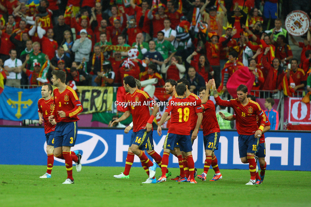 14.06.2012, GDANSK, Poland. EURO 2012, FOOTBALL EUROPEAN CHAMPIONSHIP, SPAIN versus IRELAND. Spanish players celebrate the first goal scored by Torres after Dunne had the ball stolen in the box