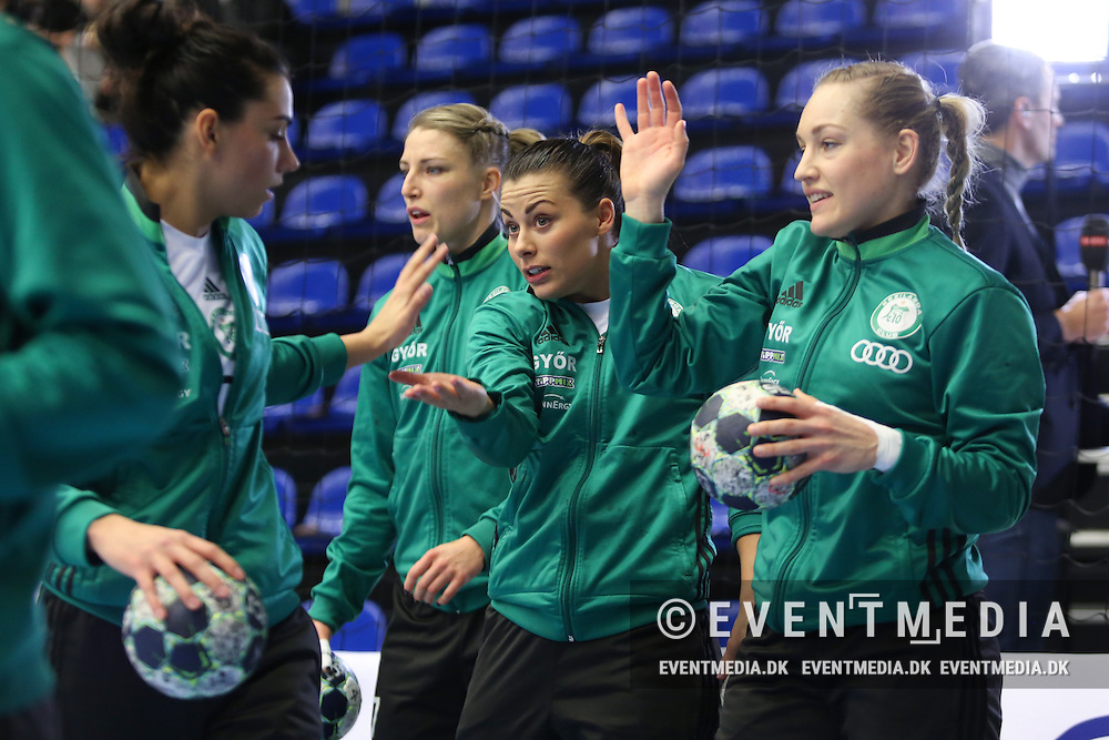 Nora Mørk (middle), and Jana Knedlikova (right), Györ. EHF Champions League Main Round group match between Team Esbjerg and Györi Audi ETO KC in Blue Water Dokken, Esbjerg, Danmark, 5.02.2017. Photo Credit: Allan Jensen/EVENTMEDIA.