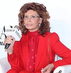 NOV 04 2014 Sophia Loren visits Taiwan