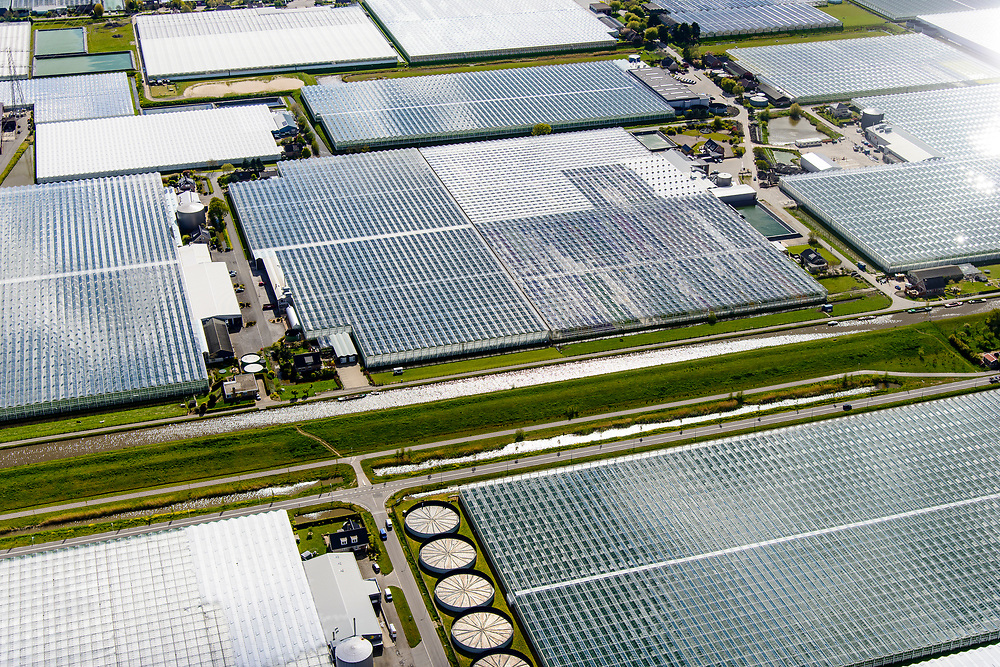 Nederland, Zuid-Holland, Gemeente Westland, 28-04-2017; kassengebied Westland, zicht op de kassen omgeving Wateringen.<br /> Westland's greenhouses near Wateringen, south of The Hague.<br /> luchtfoto (toeslag op standard tarieven);<br /> aerial photo (additional fee required);<br /> copyright foto/photo Siebe Swart
