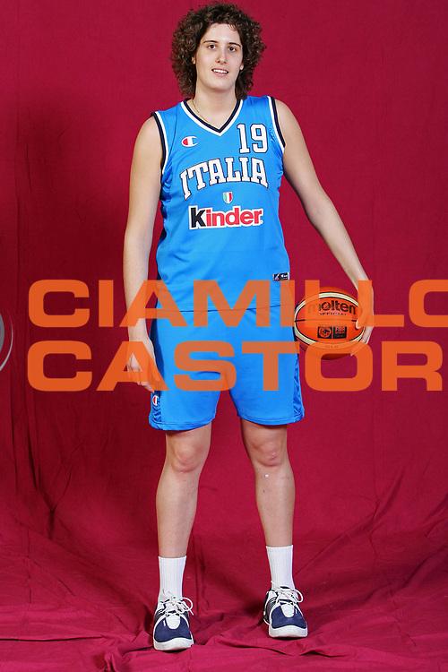 DESCRIZIONE : Parma Lega A1 Femminile 2005-06 All Star Game <br /> GIOCATORE : <br /> SQUADRA : Nazionale Italiana Femminile <br /> EVENTO : Campionato Lega A1 Femminile 2005-2006 All Star Game <br /> GARA : Nazionale Italiana Femminile Selezione Straniere <br /> DATA : 07/04/2006 <br /> CATEGORIA : Ritratto <br /> SPORT : Pallacanestro <br /> AUTORE : Agenzia Ciamillo-Castoria/S.Silvestri