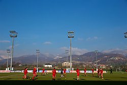 ZENICA, BOSNIA AND HERZEGOVINA - Tuesday, November 28, 2017: Wales players during the pre-match warm-up before the FIFA Women's World Cup 2019 Qualifying Round Group 1 match between Bosnia and Herzegovina and Wales at the FF BH Football Training Centre. (Pic by David Rawcliffe/Propaganda)