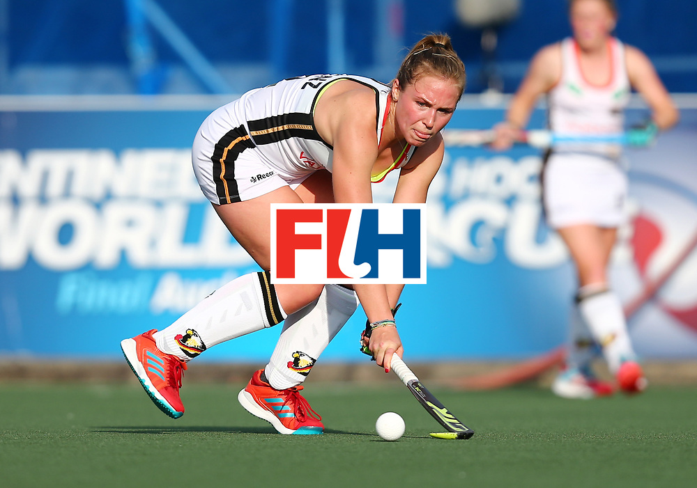 New Zealand, Auckland - 24/11/17  <br /> Sentinel Homes Women&rsquo;s Hockey World League Final<br /> Harbour Hockey Stadium<br /> Copyrigth: Worldsportpics, Rodrigo Jaramillo<br /> Match ID: 10307 - ARG-GER<br /> Photo: (4) LORENZ Nike