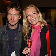Presentatie Unicef CD Amsterdam, Esther Hart + vriend Aram Kersbergen