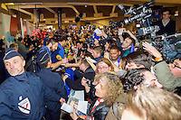 Nikola KARABATIC / Jerome FERNANDEZ - 02.02.2015 - Equipe de France de Handball - Retour Championnats du Monde 2015 - Aeroport Roissy CDG -Paris<br /> Photo : Cohen / Visual / Icon Sport