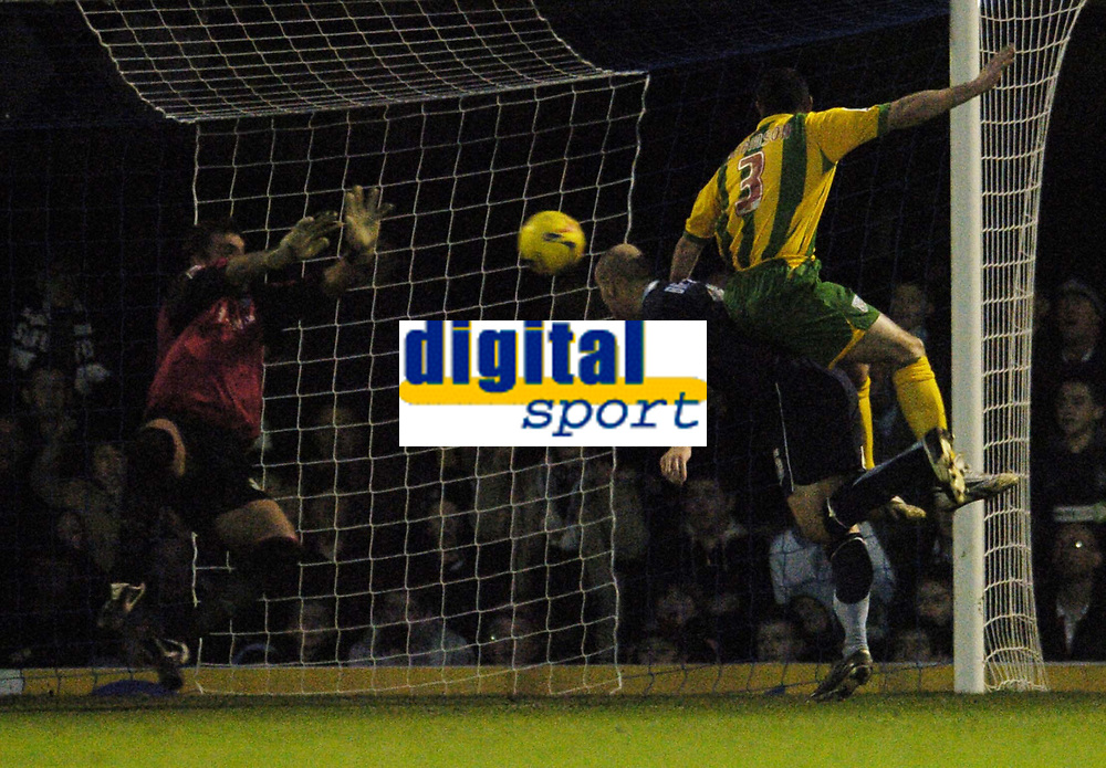 Photo: Olly Greenwood.<br />Southend United v West Bromwich Albion. Coca Cola Championship. 01/01/2007. Southend's Peter Clarke see's his header saved by West Bromwich's Russel Hoult