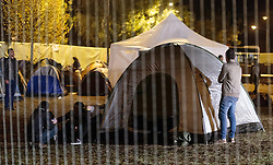 03.10.2015, Grenzübergang, Salzburg - Freilassing, GER, Flüchtlingskrise in der EU, im Bild Blick auf die Zelte der Flüchtlinge // View of the tents of refugees. Europe is dealing with its greatest influx of migrants and asylum seekers since World War II as immigrants fleeing war and poverty in the Middle East, Afghanistan and Africa try to reach Germany and other Western European countries, German - Austrian Border, Salzburg, Austria on 2015/10/03. EXPA Pictures © 2015, PhotoCredit: EXPA/ JFK