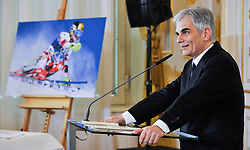 23.03.2016, Bundeskanzleramt, Wien, AUT, Überreichung des Großen Ehrenzeichens für Verdienste um die Republik Österreich an Marcel Hirscher, im Bild Bundeskanzler Werner Faymann (SPÖ) // Federal Chancellor of Austria Werner Faymann during awarding ceremony golden order of merit for services rendered to the Republic of Austria for Austrian ski racer Marcel Hirscher at federal chancellors office in Vienna, Austria on 2016/03/23, EXPA Pictures © 2016, PhotoCredit: EXPA/ Michael Gruber