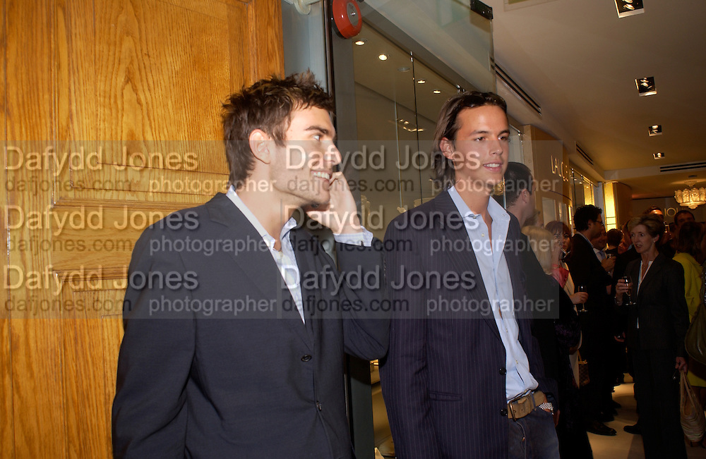 Oscar Humphries and charles Gilkes, Lalique Twenties launch, New Bond St. 4 June 2003. © Copyright Photograph by Dafydd Jones 66 Stockwell Park Rd. London SW9 0DA Tel 020 7733 0108 www.dafjones.com