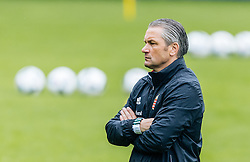 31.05.2016, Steinbergstadion, Leogang, AUT, UEFA Euro, Frankreich, Vorbereitung Ungarn, Training, im Bild Trainer Coach Bernd Storck (HUN) // Hungarian national team Coach Bernd Storck during a training session at the Trainingscamp of Team Hungary for Preparation of the UEFA Euro 2016 France at the Steinbergstadion in Leogang, Austria on 2016/05/31. EXPA Pictures © 2016, PhotoCredit: EXPA/ JFK