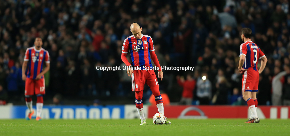 25th November 2014 - UEFA Champions League - Group E - Manchester City v Bayern Munich - Arjen Robben of Bayern looks dejected - Photo: Simon Stacpoole / Offside.