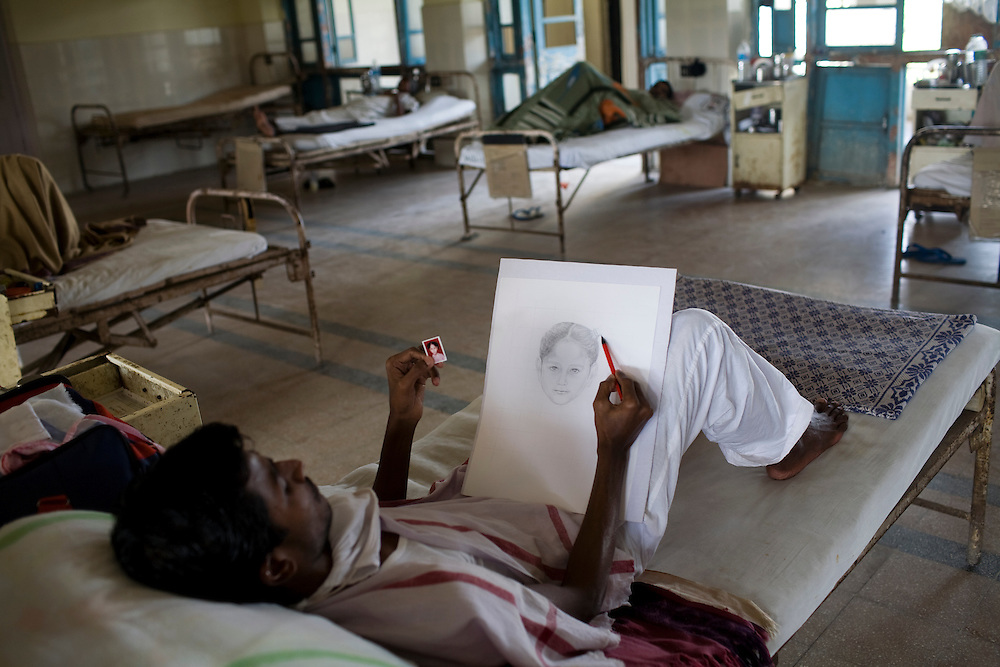 A patient at the Group of TB Hospitals in Mumbai draws a portrait of a nurse's daughter.<br /> <br /> Photo Credit : &quot;Image courtesy of Ground Media&quot; (must have hyperlink to www.ground.media)