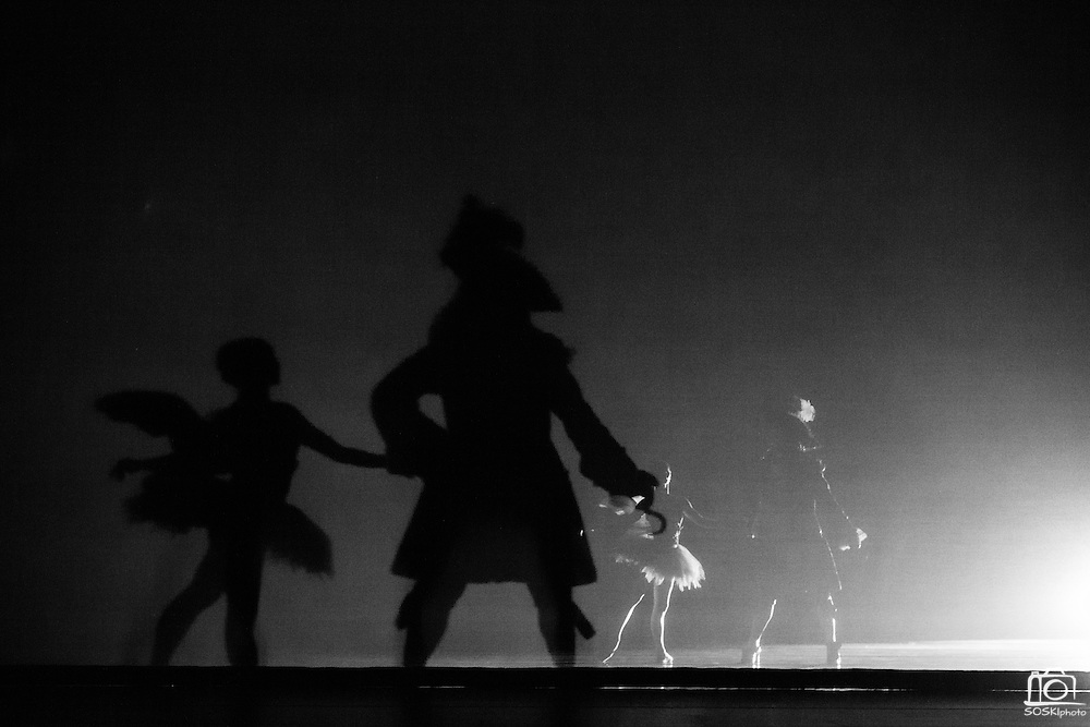 Bay Pointe Ballet performs Bruce Steivel's Peter Pan at the San Mateo Performing Arts Center in San Mateo, California, on November 1, 2014. (Stan Olszewski/SOSKIphoto)