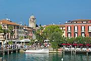 Altstadt, Sirmione, Gardasee, Lombardei, Italien | old town, Sirmione, Lake Garda, Lombardy, Italy