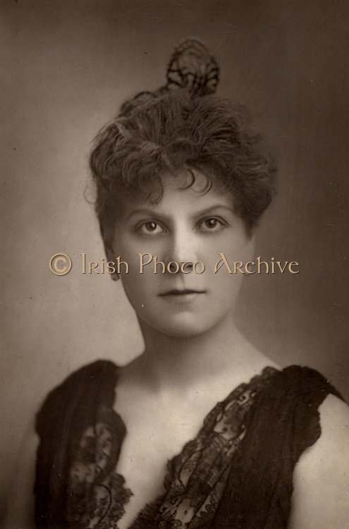 Jessie Millward (Mrs John Glendinning) English actress.  A member of Henry Irving's theatre company.    From 'The Cabinet Portrait Gallery' (London, 1890-1894).  Woodburytype after photograph by W & D Downey.