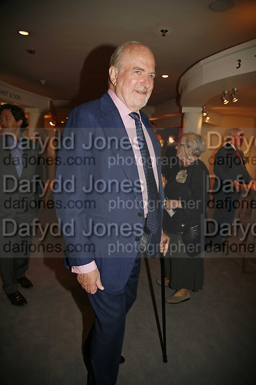 Baron Claus von Bulow, The opening  day of the Grosvenor House Art and Antiques Fair.  Grosvenor House. Park Lane. London. 14 June 2006. ONE TIME USE ONLY - DO NOT ARCHIVE  © Copyright Photograph by Dafydd Jones 66 Stockwell Park Rd. London SW9 0DA Tel 020 7733 0108 www.dafjones.com