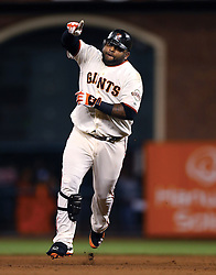 Pablo Sandoval hits 3 home runs in Game 1, 2012 World Series Champion Giants