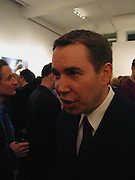 Jeff Koons. Jeff Koons exhibition opening and dinner. Gagosian Gallery and Mr. Chow. Los Angeles. 22 March 2001. © Copyright Photograph by Dafydd Jones 66 Stockwell Park Rd. London SW9 0DA Tel 020 7733 0108 www.dafjones.com