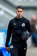 Ayoze Perez (#17) of Newcastle United arrives ahead of the Premier League match between Newcastle United and Liverpool at St. James's Park, Newcastle, England on 4 May 2019.