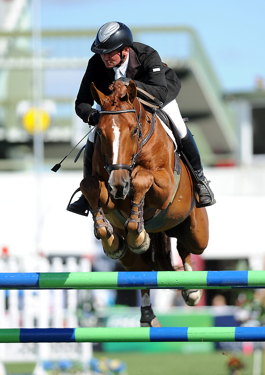 Travis Morgan riding Cervelt MVNZ in the Dunstan Horse Feeds 7yr Championship , Horse of the Year 2013, Hastings, New Zealand, Wednesday, March 13, 2013. Credit:  SNPA / Sarah Alderman