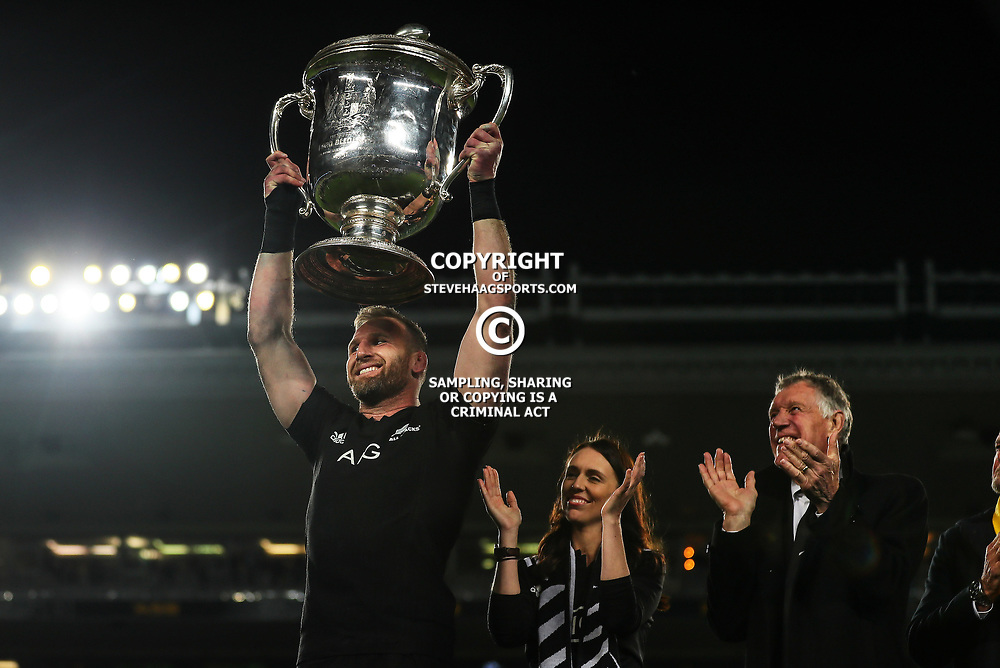 All Blacks captain Kieran Read holds up the Bledisloe Cup after the Bledisloe Cup and Rugby Championship rugby match between the New Zealand All Blacks and Australia Wallabies at Eden Park in Auckland, New Zealand on Saturday, 25 August 2018. Photo: Simon Watts / lintottphoto.co.nz