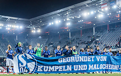 08.12.2016, Red Bull Arena, Salzburg, AUT, UEFA EL, FC Red Bull Salzburg vs Schalke 04, Gruppe I, im Bild Donis Avdijaj (FC Schalke 04), Alessandro Schoepf (FC Schalke 04), Fabian Giefer (FC Schalke 04), Benedikt Hoewedes (FC Schalke 04), Fabian Reese (FC Schalke 04), Junior Caicara (FC Schalke 04) bedanken sich mit anderen Spielern und Transparent bei den mitgereisten Fans // during the UEFA Europa League group I match between FC Red Bull Salzburg and Schalke 04 at the Red Bull Arena in Salzburg, Austria on 2016/12/08. EXPA Pictures © 2016, PhotoCredit: EXPA/ JFK