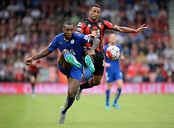 Wes Morgan of Leicester City Battles for the ball with Callum Wilson of Bournemouth - Mandatory byline: Alex James/JMP - 07966386802 - 29/08/2015 - FOOTBALL - Dean Court -Bournemouth,England - AFC Bournemouth v Leicester City - Barclays Premier League